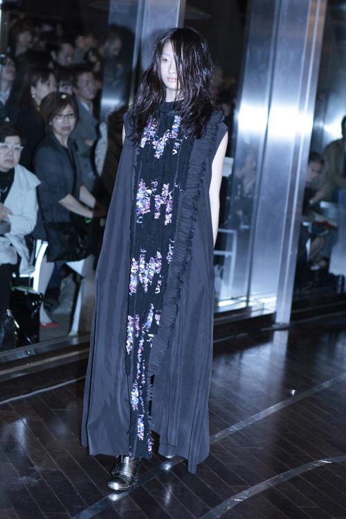 long floral dress at mikio sakabe