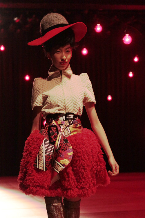 red pouf skirt at nozomi ishiguro fw 2011
