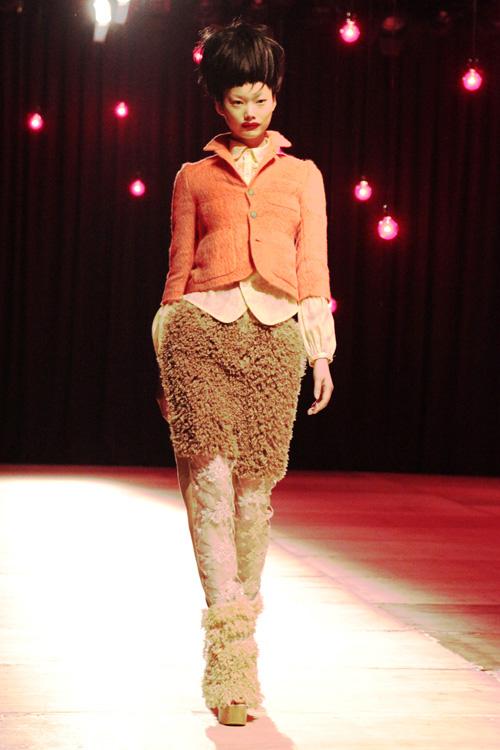 fuzzy pants and jacket at nozomi ishiguro fw 2011