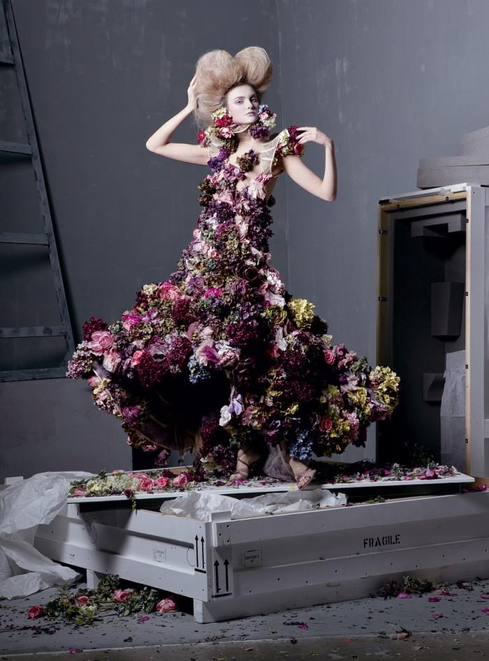 flower dress of silk and fresh flowers alexander mcqueen