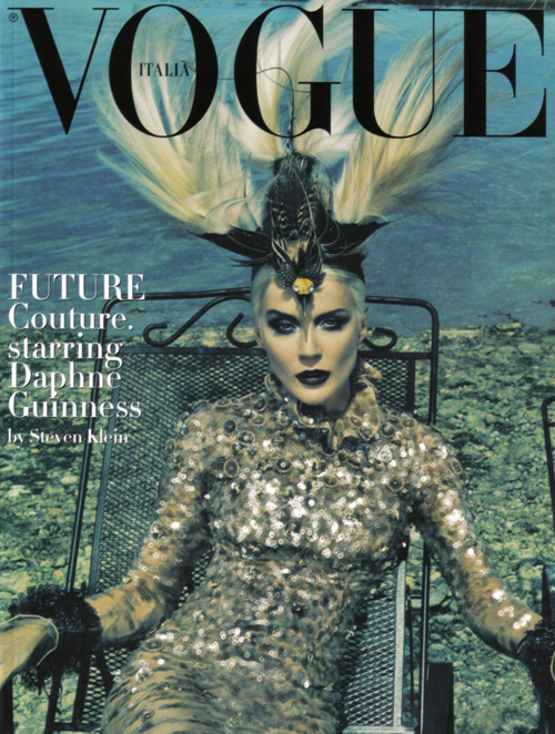 daphne guinness in italia vogue couture