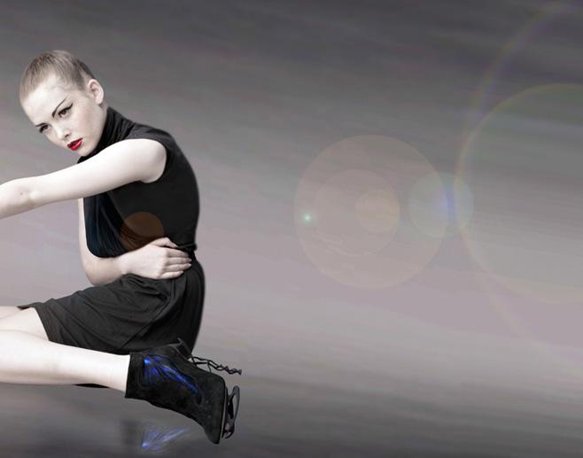 anastacia hologram shoes