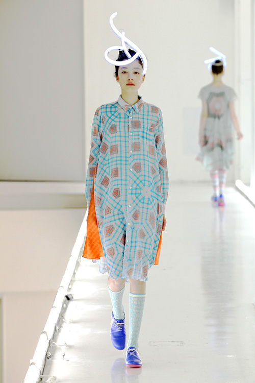 mintdesigns fw 2011 show in tokyo titled fashion surgery