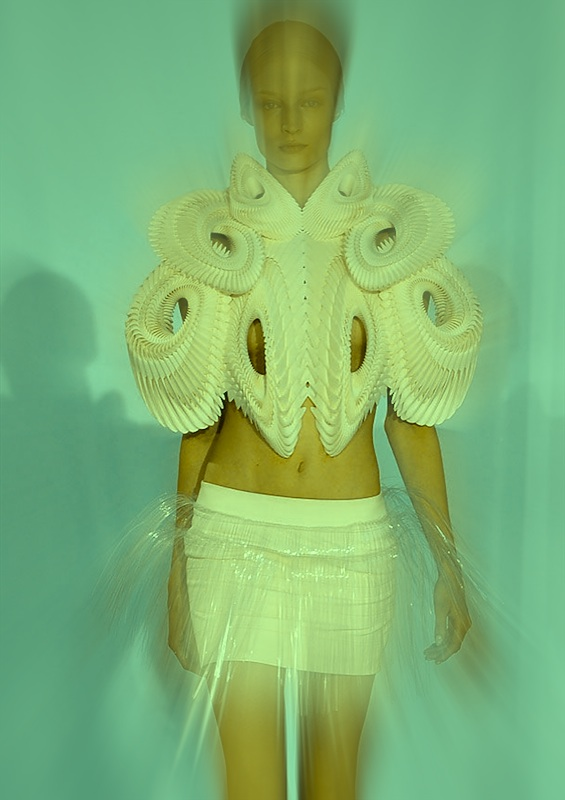 irisvanherpen creation