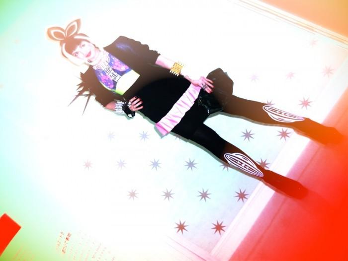 misha janette in numero tokyo dec 2011