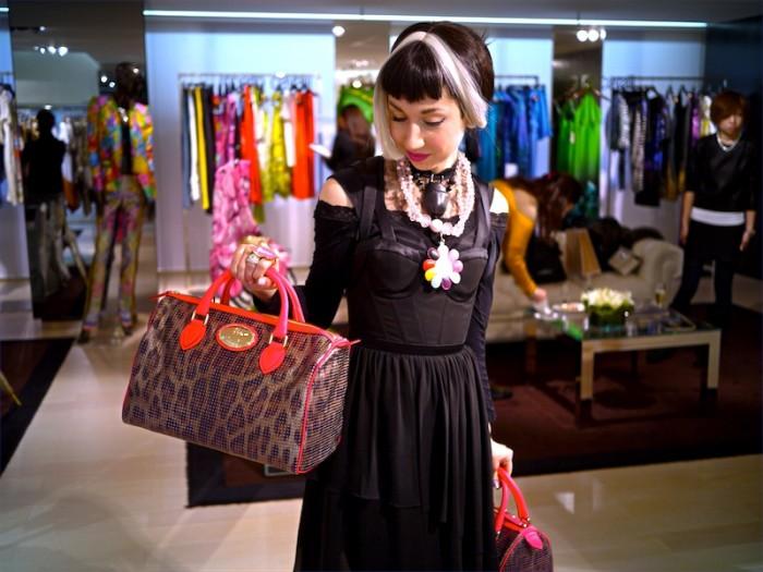 misha checks out bags
