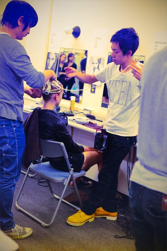 wrapping hair at johan ku 2012