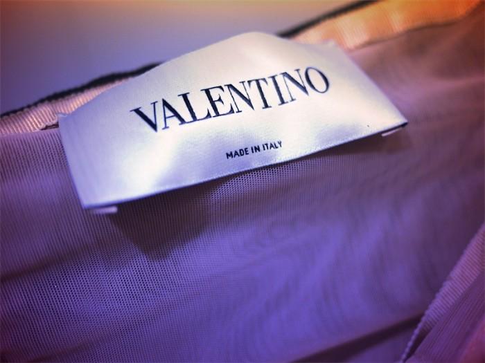 valentino tag