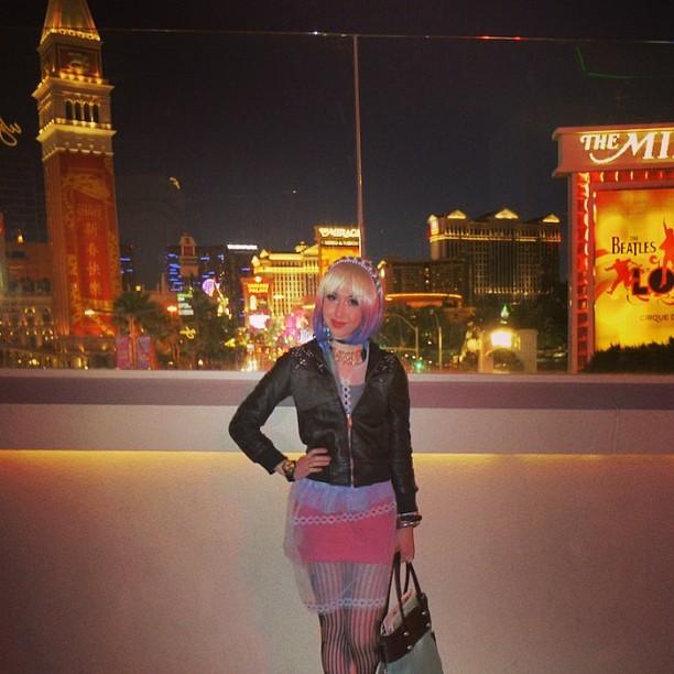 Super Vegas. It's actually FREEZING! #sweaterplease! ? ???????????????????