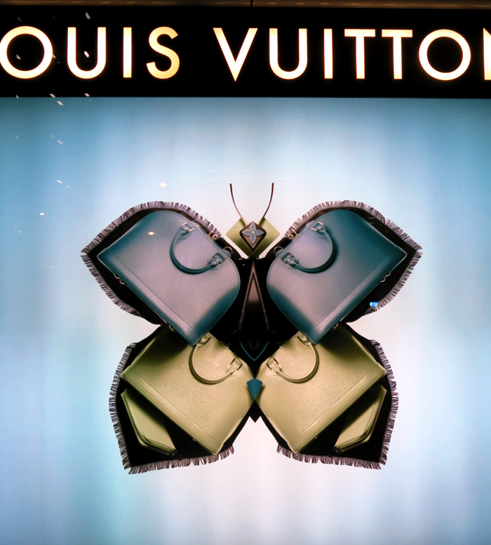 louis-vuitton-insect-windows-tokyo-2013-9