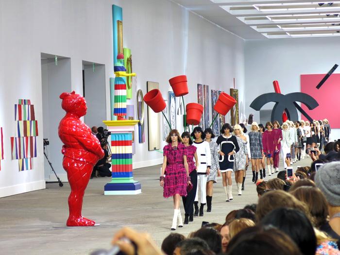 chanel-art-show-spring-2014-10