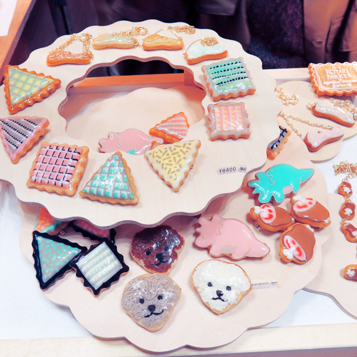 rotari-parker-tokyo-candy-accessories-3