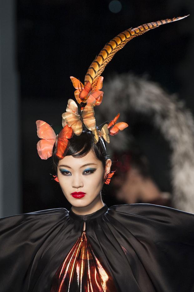couture-jean-paul-gaultier-details-haute-couture-spring-2014-pfw124