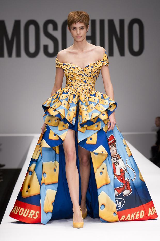 moschino-autumn-fall-winter-2014-2