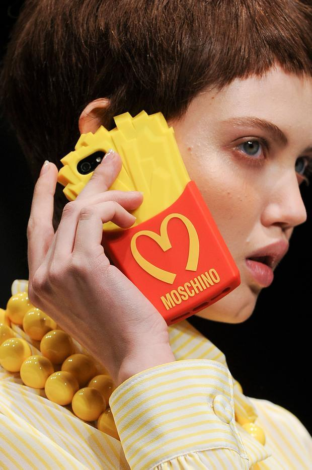 moschino-autumn-fall-winter-2014-21