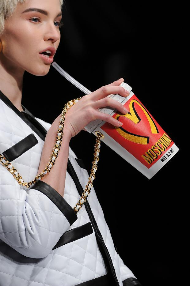 moschino-autumn-fall-winter-2014-25