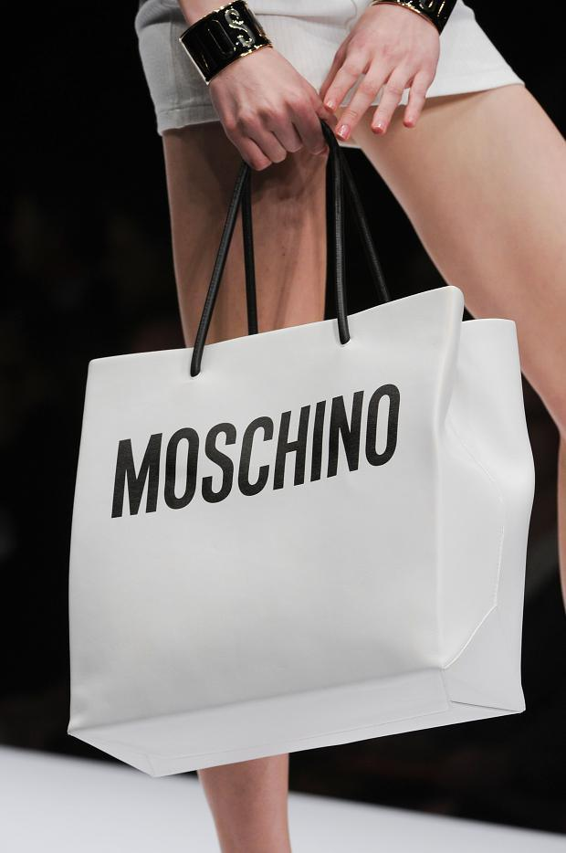 moschino-autumn-fall-winter-2014-30