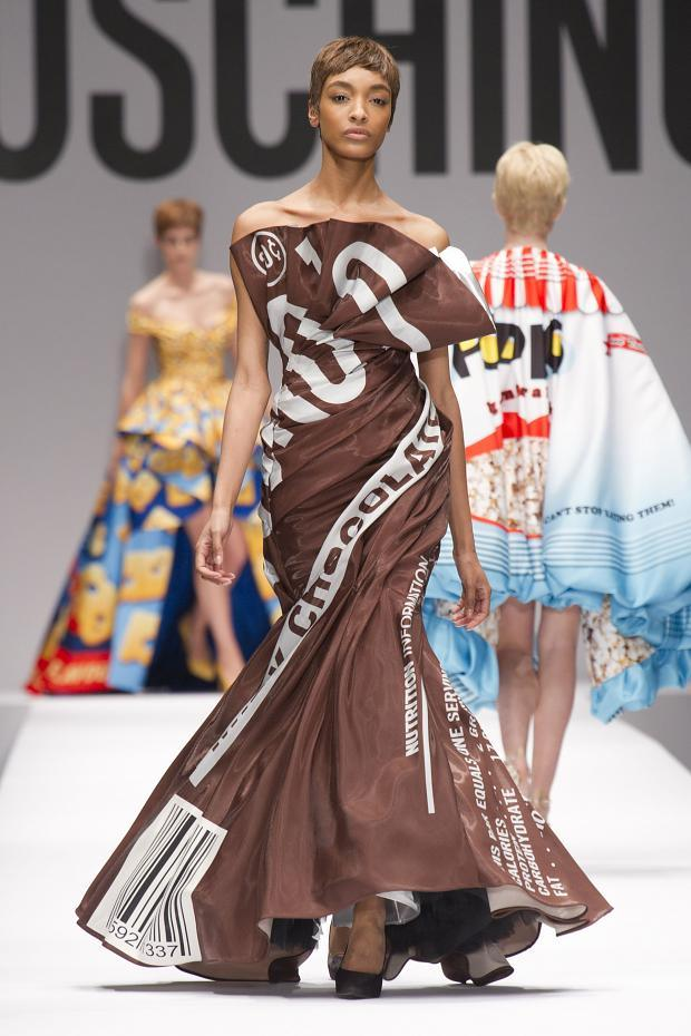 moschino-autumn-fall-winter-2014-4