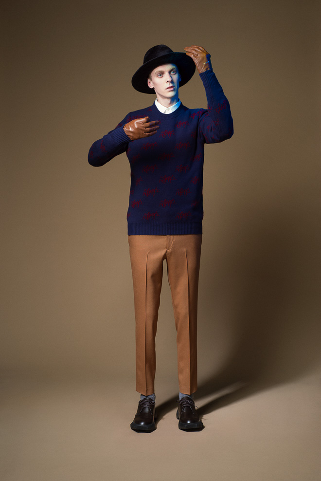 undercover_m15aw_027-thumb-660x988-356886