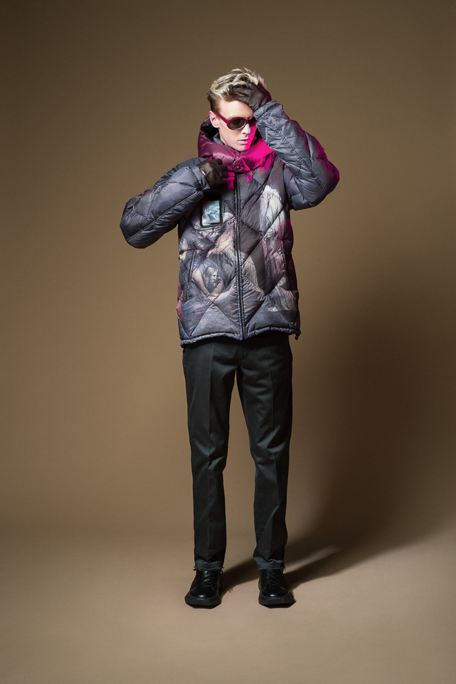 undercover_m15aw_031-thumb-660x988-356885