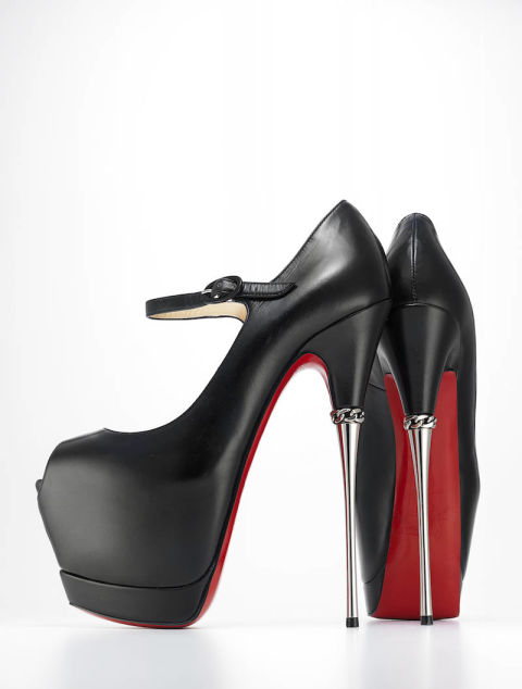 killer-heels-exhibit-1-_christianlouboutin2-12512246-xln