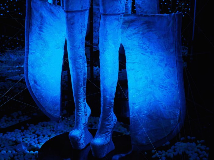Jellyfish DNA silk by Gucci, constructed by Masaya Kushino