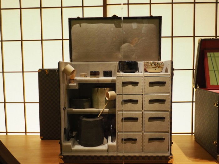 tea set trunk at the louis vuitton volez voguez voyagez Tokyo exhibit