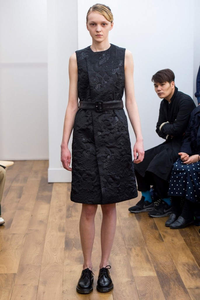 model in Kei Ninomiya Noir (Comme des Garcons) AW 2015-16 dress