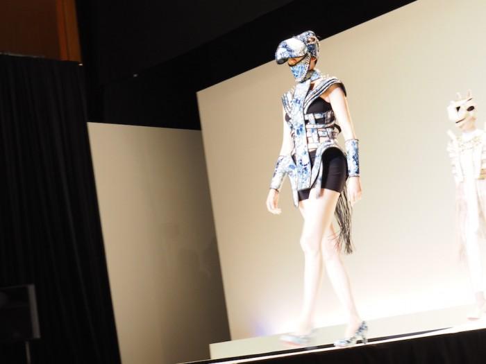 Model wears Hodaka Hayashi at the Soen Awards 2015 装苑賞2015年