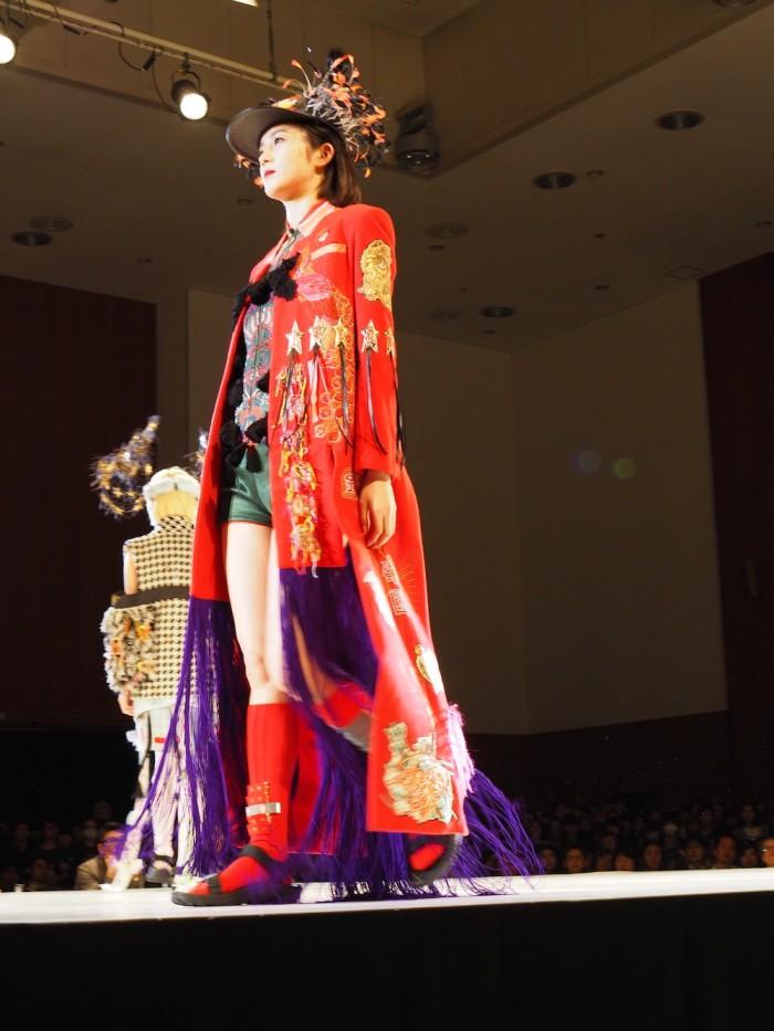 Models wear Daisuke Tanaka at the 2015 Soen awards 田中大資 装苑賞2015年