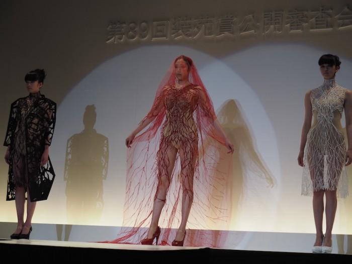 models wear Takeshi Sato in the Soen Awards 2015 佐藤健の作品、装苑賞2015