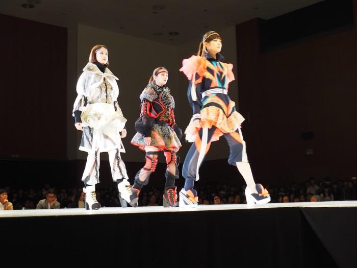 models wear Ryota Soeda in the Soen Awards 2015 添田遼太の作品、装苑賞2015