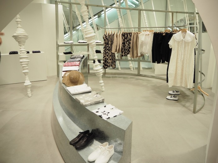 dover street market ginza 3f  comme comme