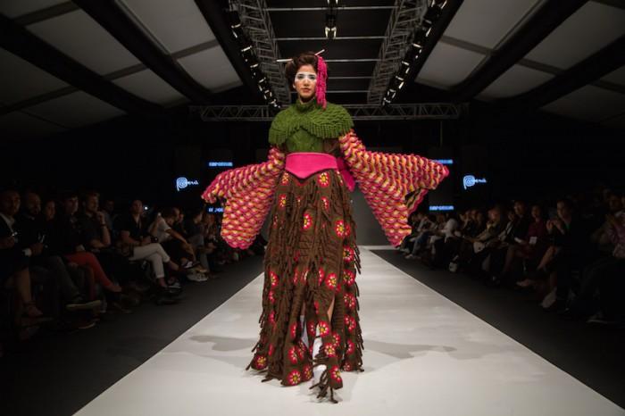 Green kimono in Jorge Salinas fashion show