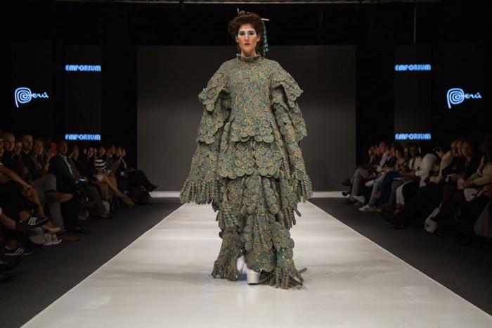 beige kimono in Jorge Salinas fashion show