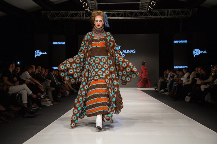 orange kimono in Jorge Salinas fashion show