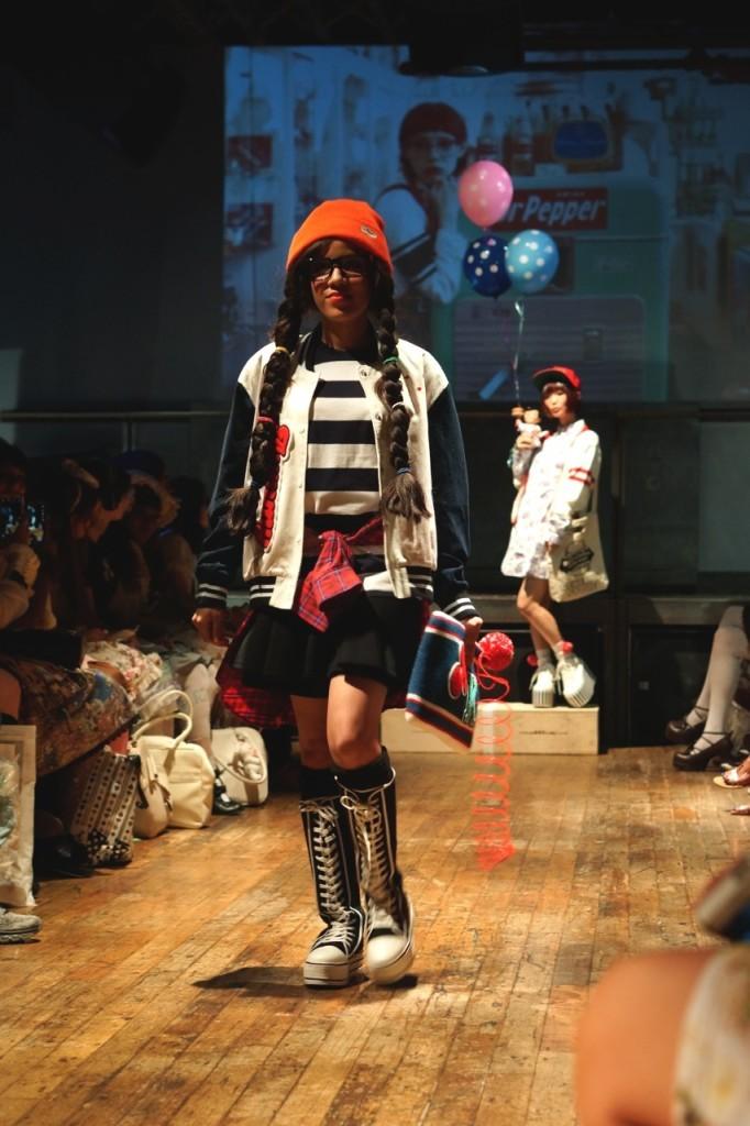 model in tokyo-above-underground-fashion Aymmy-in-the-batty-girls
