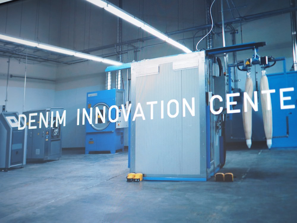 preview of uniqlo denim innovation center in LA