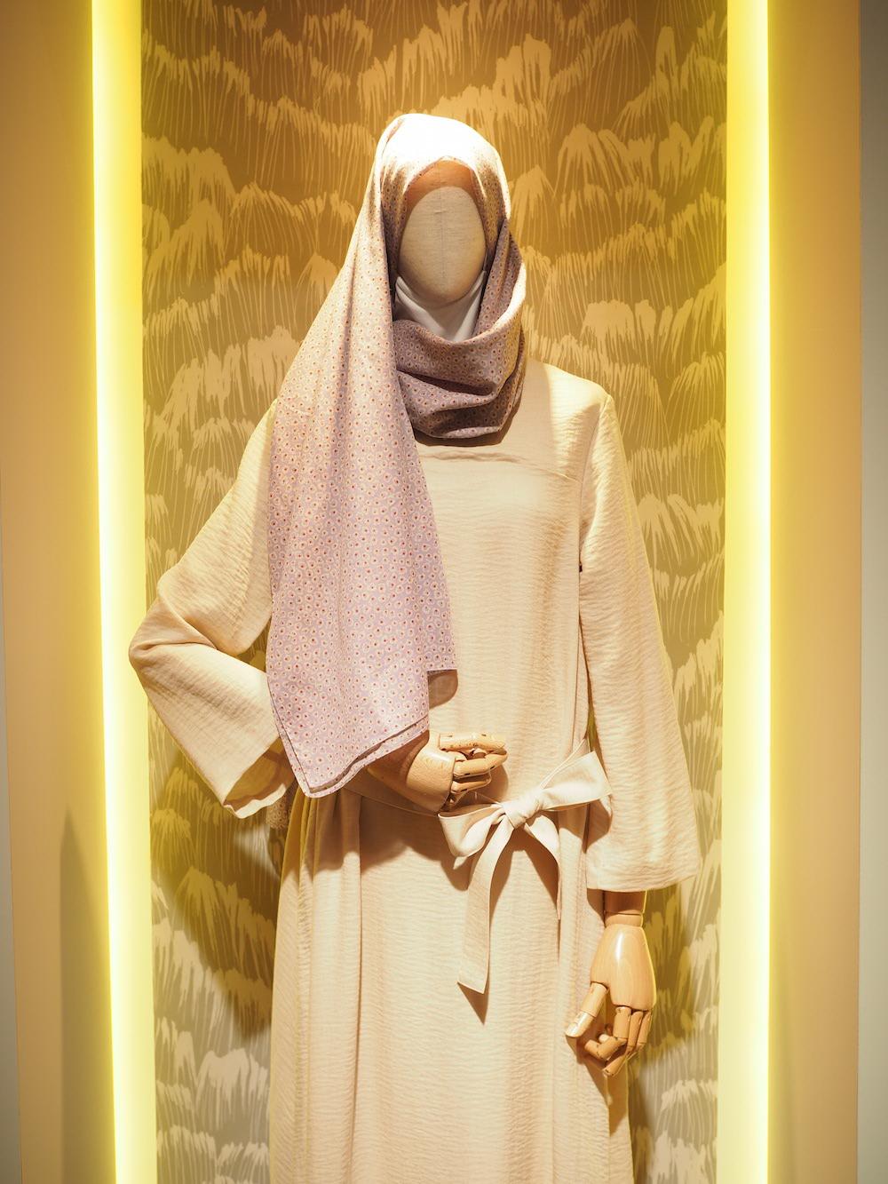hana tajima for uniqlo designs on display at Uniqlo Lifewear 2017 SS exhibit in Tokyo
